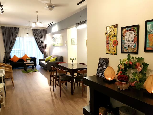 3BR Cosy, Very Convenient Location @ The Lights - Petaling Jaya - Apartment