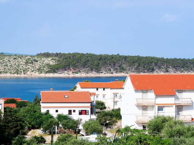Holiday Apartment Melita for 5 persons / Isle of Rab