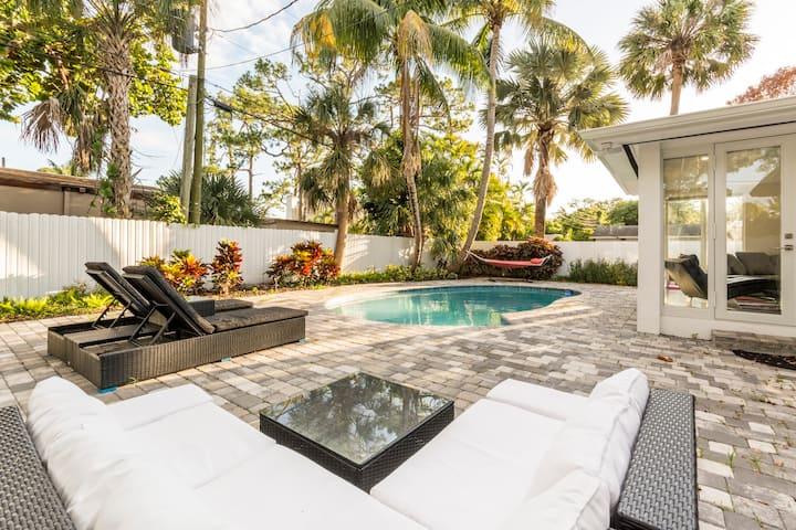 Modern Ft Lauderdale Pool Home
