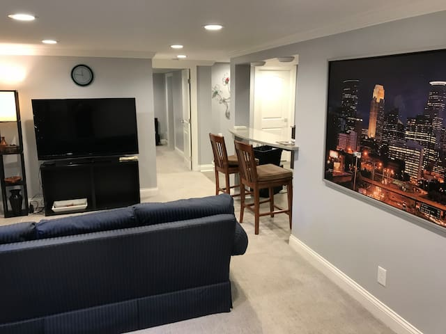 relax in the living room and watch the Apple TV after a long day shopping at the Mall of America just minutes away!
