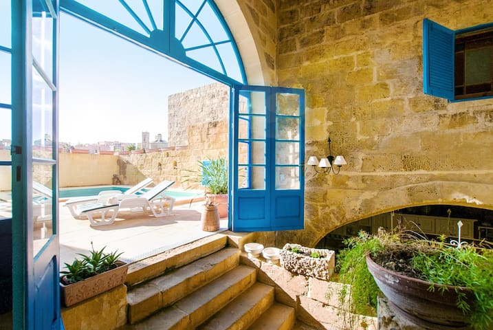 Lovely House in Gozo + private pool - L-Għarb - Rumah