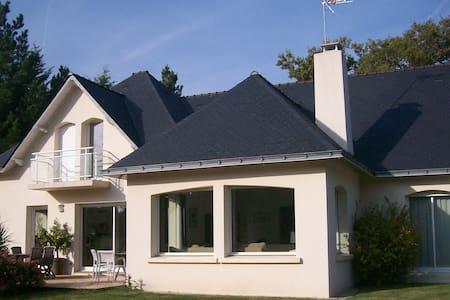 Villa avec piscine sur le golf - Saint-André-des-Eaux
