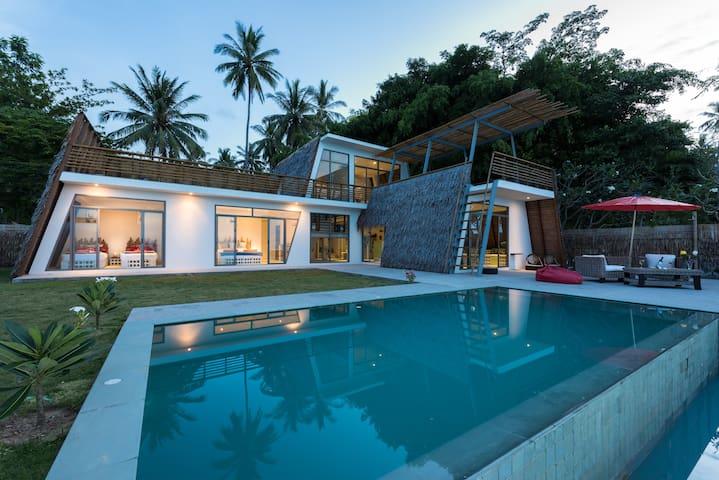Spirit House Nang Kham Beach Donsak