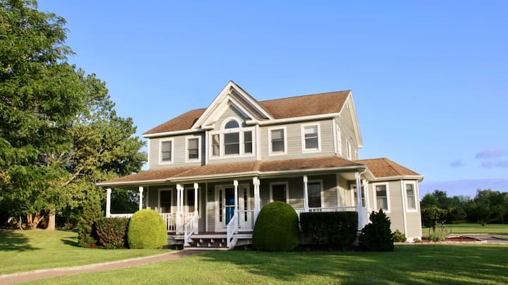 Beautiful, Spacious Home in Greenport Village