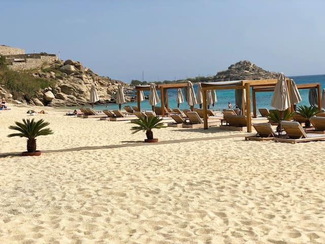 Mykonos Elite Beachfront Villa Scorpion I