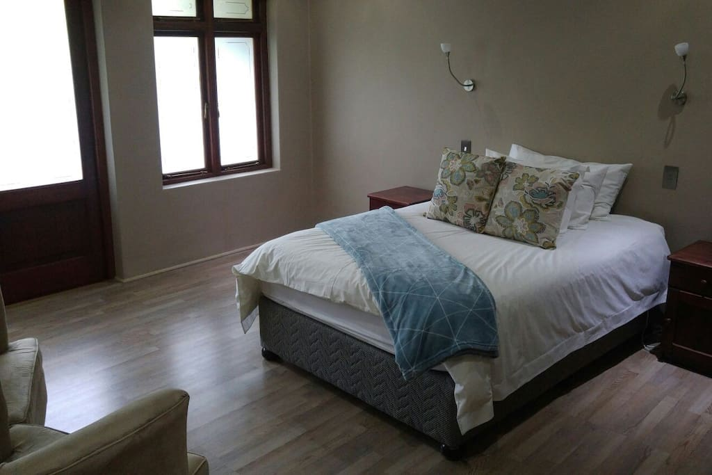 Rooms are large, spacious, and not cluttered at all. each room opens to outside too. The beds are made for great comfort and a giod night's rest.