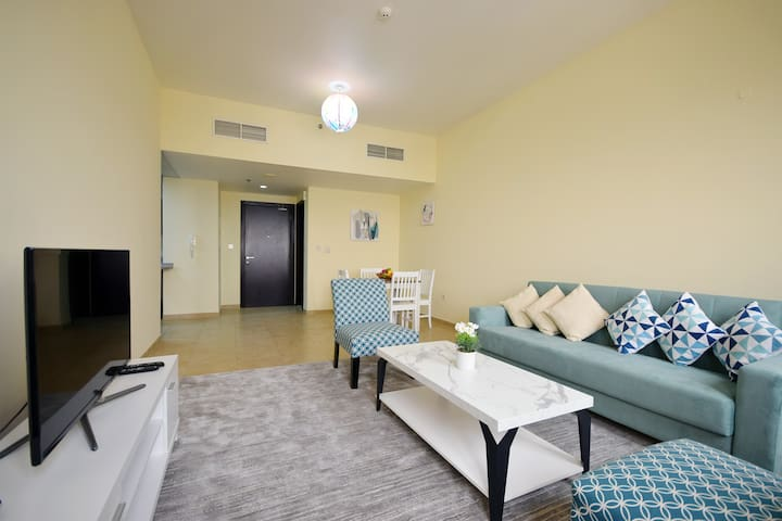 Beautiful 1BR With Parking in Dubai Silicon Oasis