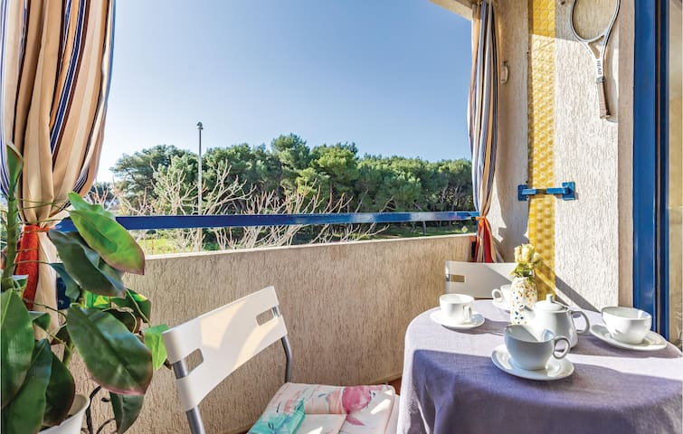 Holiday apartment with 2 bedrooms on 65m² in Pula