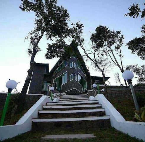 granbygold cottage,parunthumpara,thekkady,