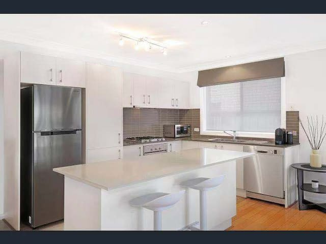 A perfect home for staying in Wollongong!