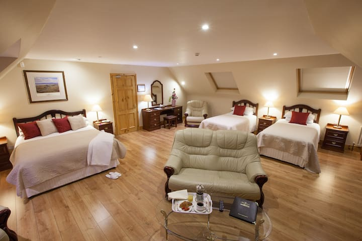 The Tides B&B Ballybunion - Ballybunion - Bed & Breakfast