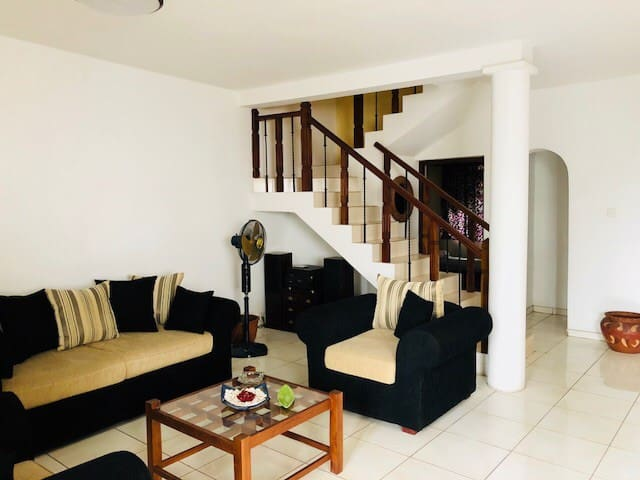 Kotte entire house for long rent/ lease