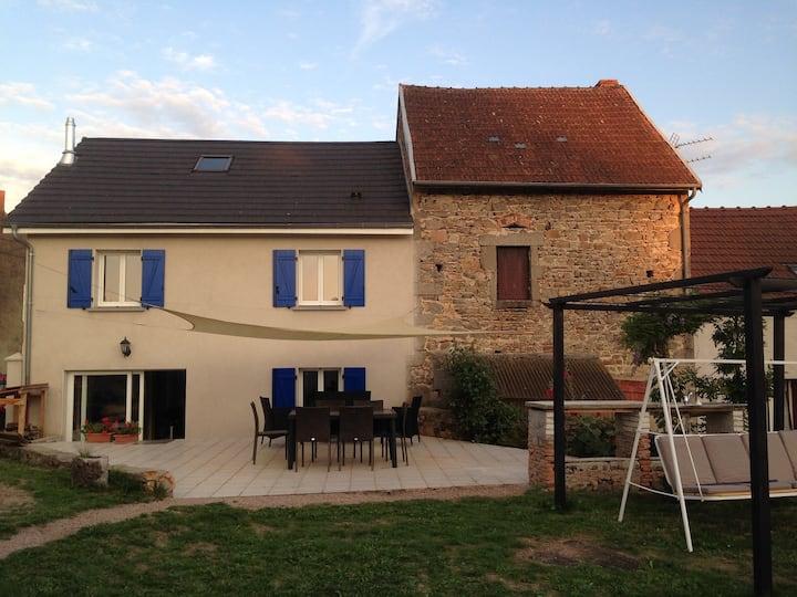 Maison en montagne bourbonnaise Mayet Vichy Le Pal