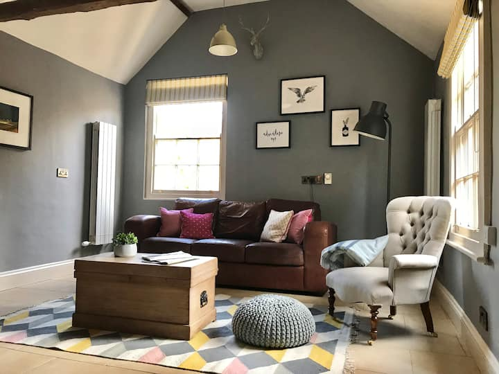 Cosy Country Cottage near Rutland Water