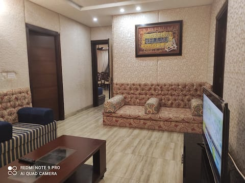 Spacious 2BHK/G floor/secured prkng/family only