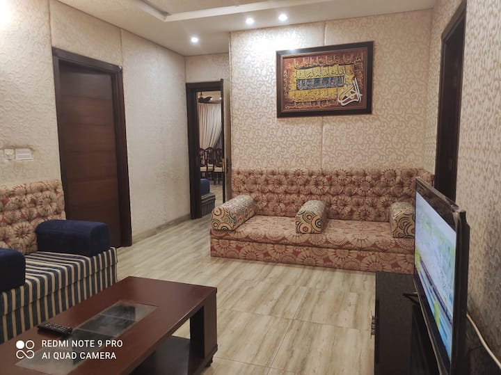 Spacious 2BHK/G floor/underground prkng/Patio/Wifi
