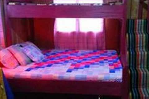 Klub Safari Resto-Inn Room 3