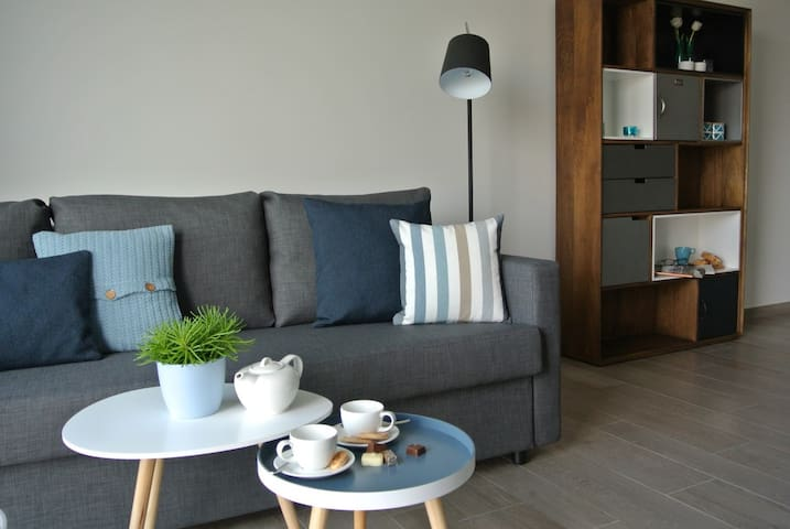 Family Apartment near Ghent(10 min) - Lochristi - Apartemen