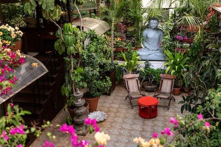 Oasis with a courtyard in Bandra, Mumbai - 孟買 - 公寓