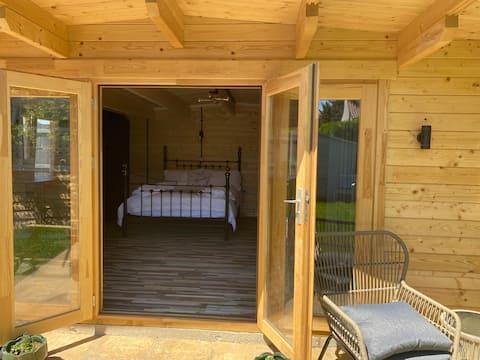 Cute cabin in Reydon