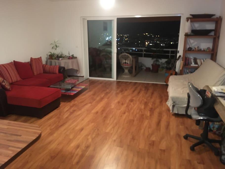 Salon avec canapé + clic clac terrasse