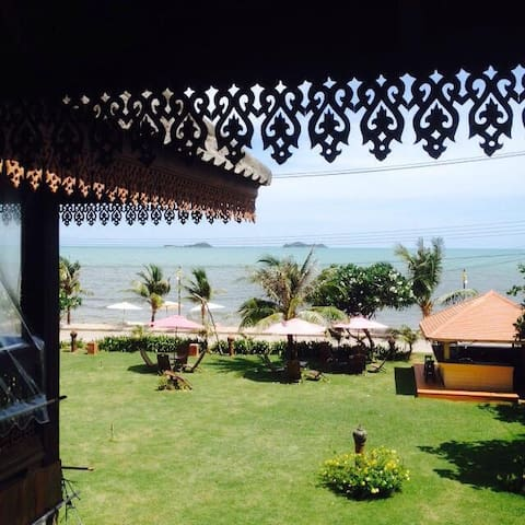 House on the beach: Rayong Thailand - Klaeng