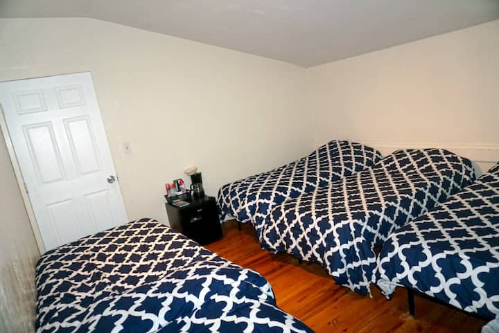 #1 Shared room close to Fenway & Downtown Boston