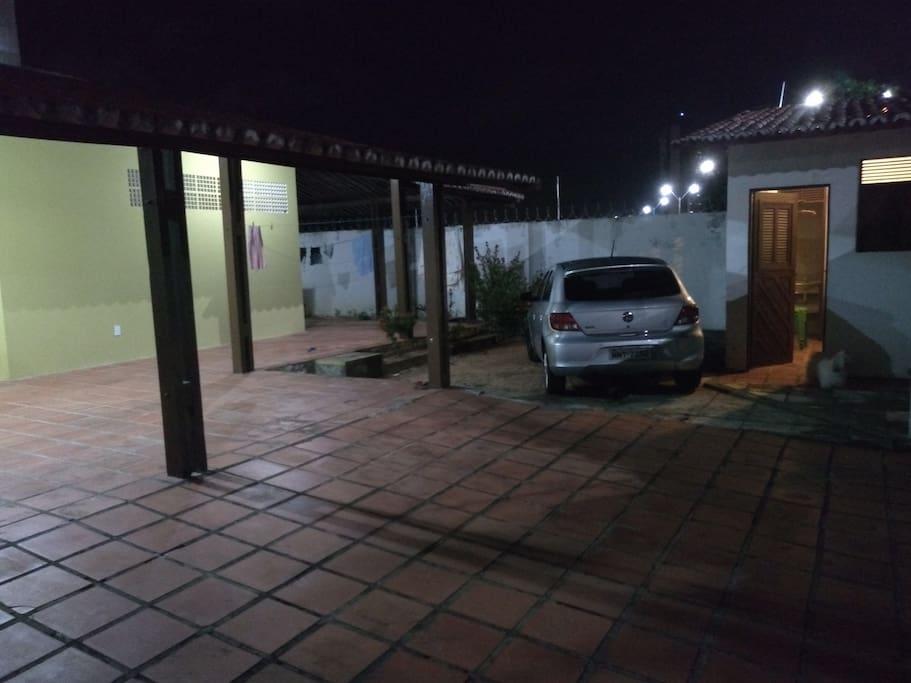 Garagem e entrada 2
