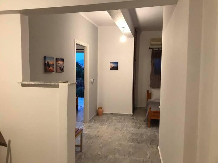 Kessaris Apartments 3