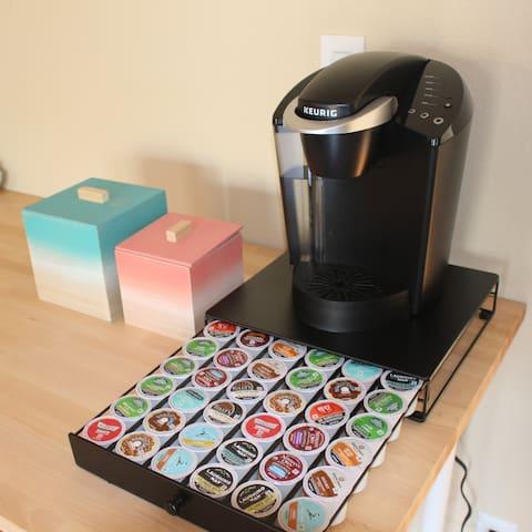 I-74 Minimalistic Rm #2 + complimentary coffee
