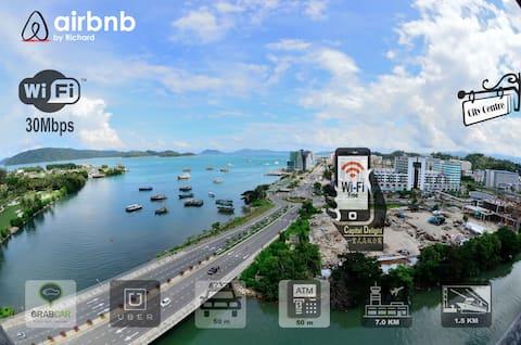 External view from the premises (Kota Kinabalu city)沿海路线,一路北上就是哲斯顿港口