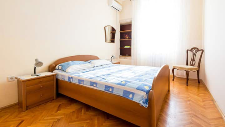 Villa Gverovic-Double Room with External Bathroom 2 and Sea View