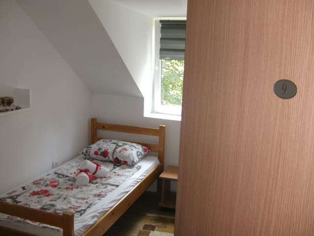 Rooms 9, A&A Hostel, Novi Sad