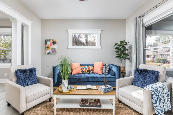 The Vibrant and Chic Abode In Hip Fountain Square