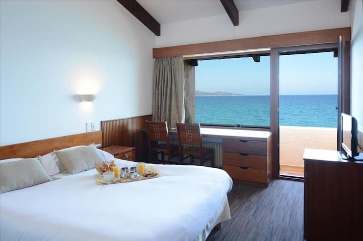 Chambre avec bain et balcon privé (2 à 3 personnes)