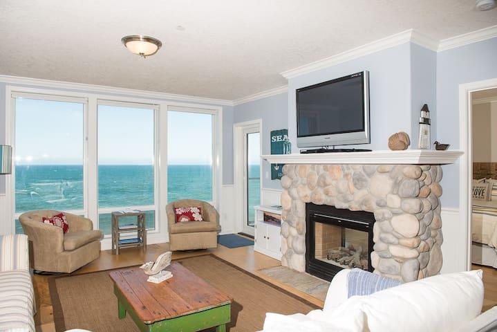 Waves n' Whales - Oceanfront Condo - Depoe Bay - Apartamento