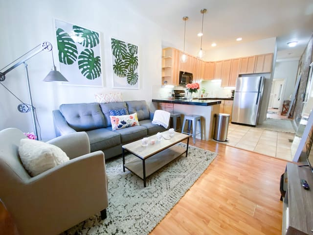 Monthly LoHi 1 Bedroom with Private Backyard