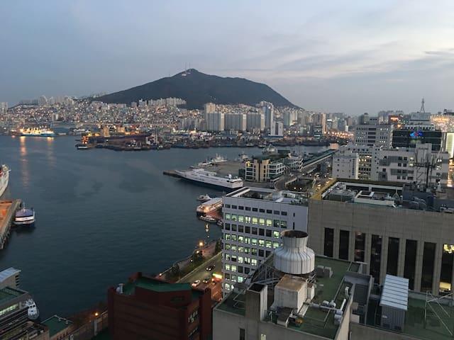 中央站10號出口 - Busan - Appartement