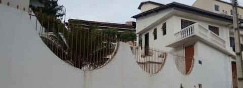 CASA SOLAR DOS LAGOS Alameda Érico Veríssimo, 92