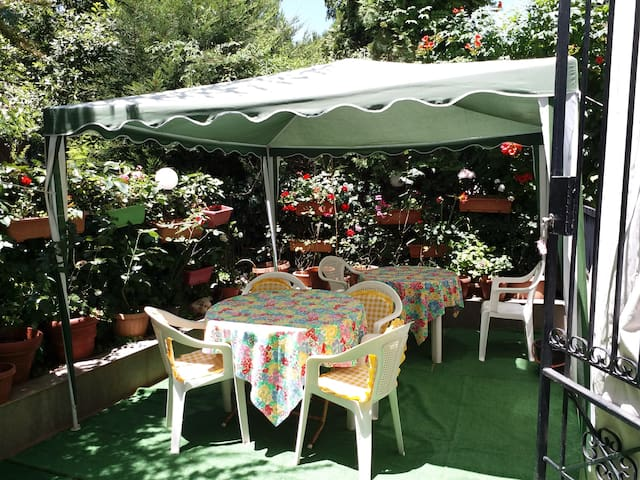 Furnished garden appartment in Baabdat