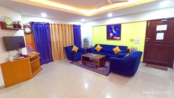SmartStay Private EXE Room in Luxury Apts -MG Road