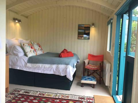 The Hut, magical private and different experience