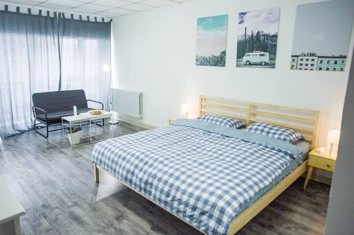 (9)佳士客附近高级舒适大床房