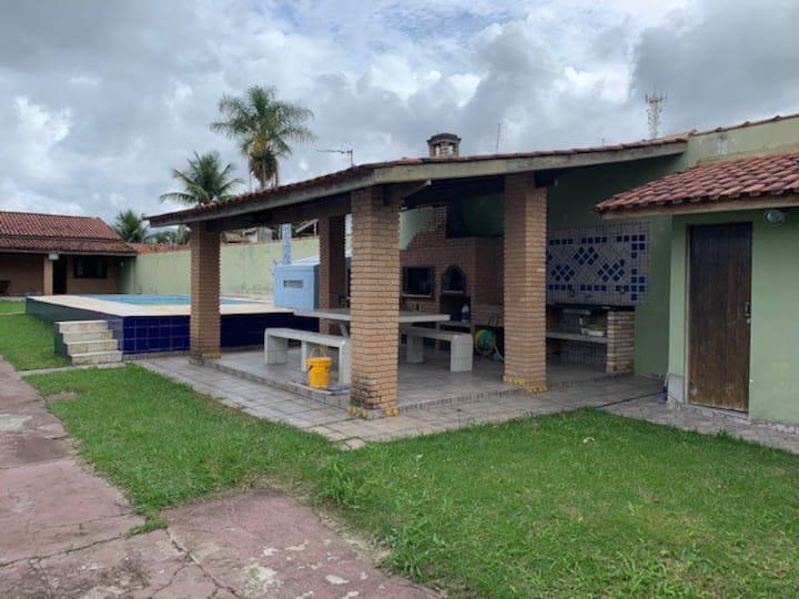 Casa de Praia com piscina e área Gourmet
