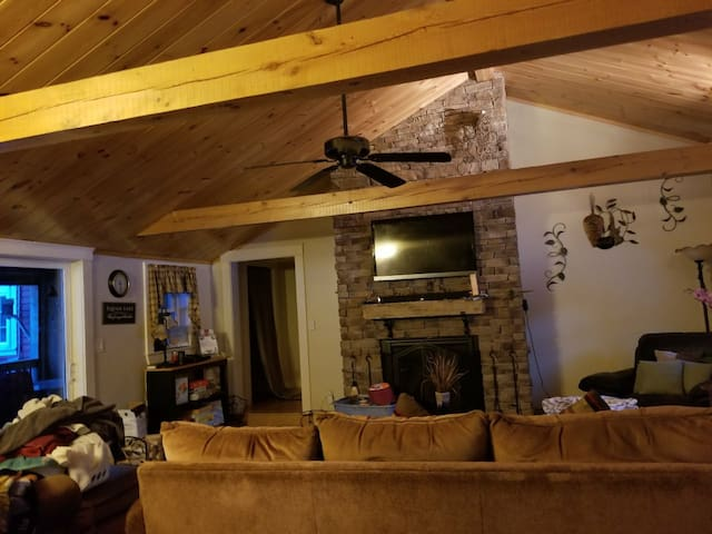 Relaxing and homey. Lots of room, great location!