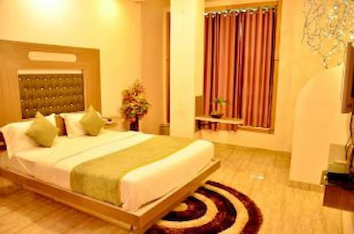 Deluxe Room at Hotel Comfort and Terrace Lounge