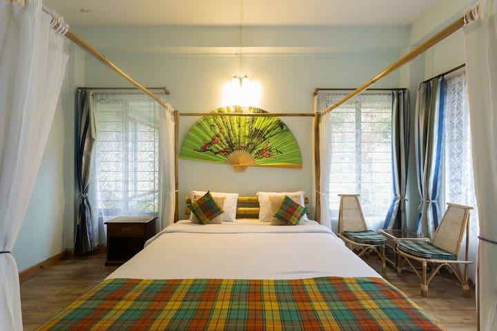 The Bamboo Room on the Gr floor at Sha Ri Loum.