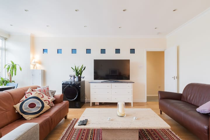 Double Room. Heart of Greenwich. 2 mins > station