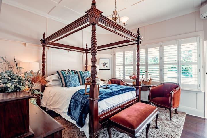 Rosemont House Luxury B&B - Toorongo Room