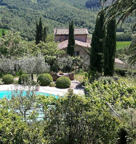 LA BUIA - Magical Umbrian Villa